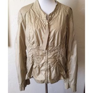 Elie Tahari tan full zip jacket in size 12